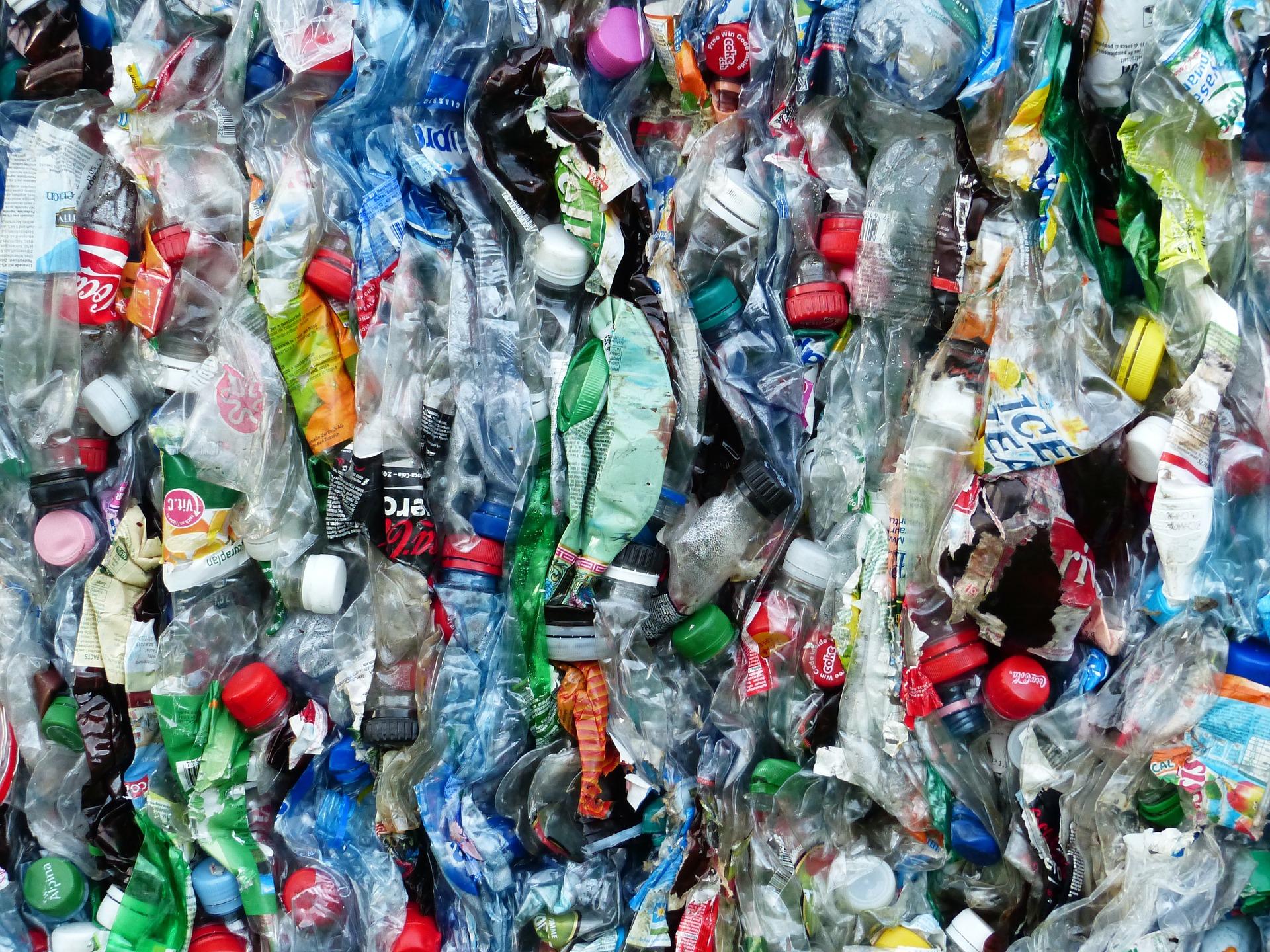 Sei keine Flasche – Einweg vs. Mehrwegflasche